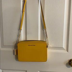 Michael Kors crossbody bag. New with tag.